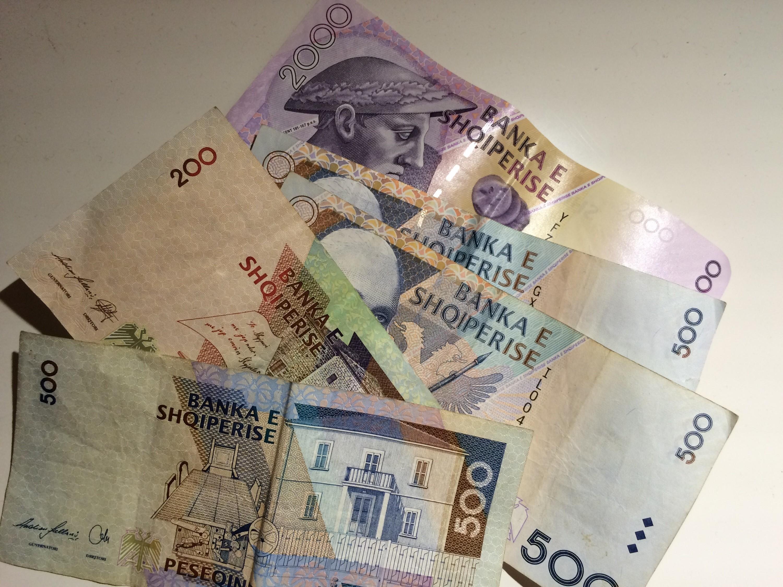 Lek kontakt euro eskorte