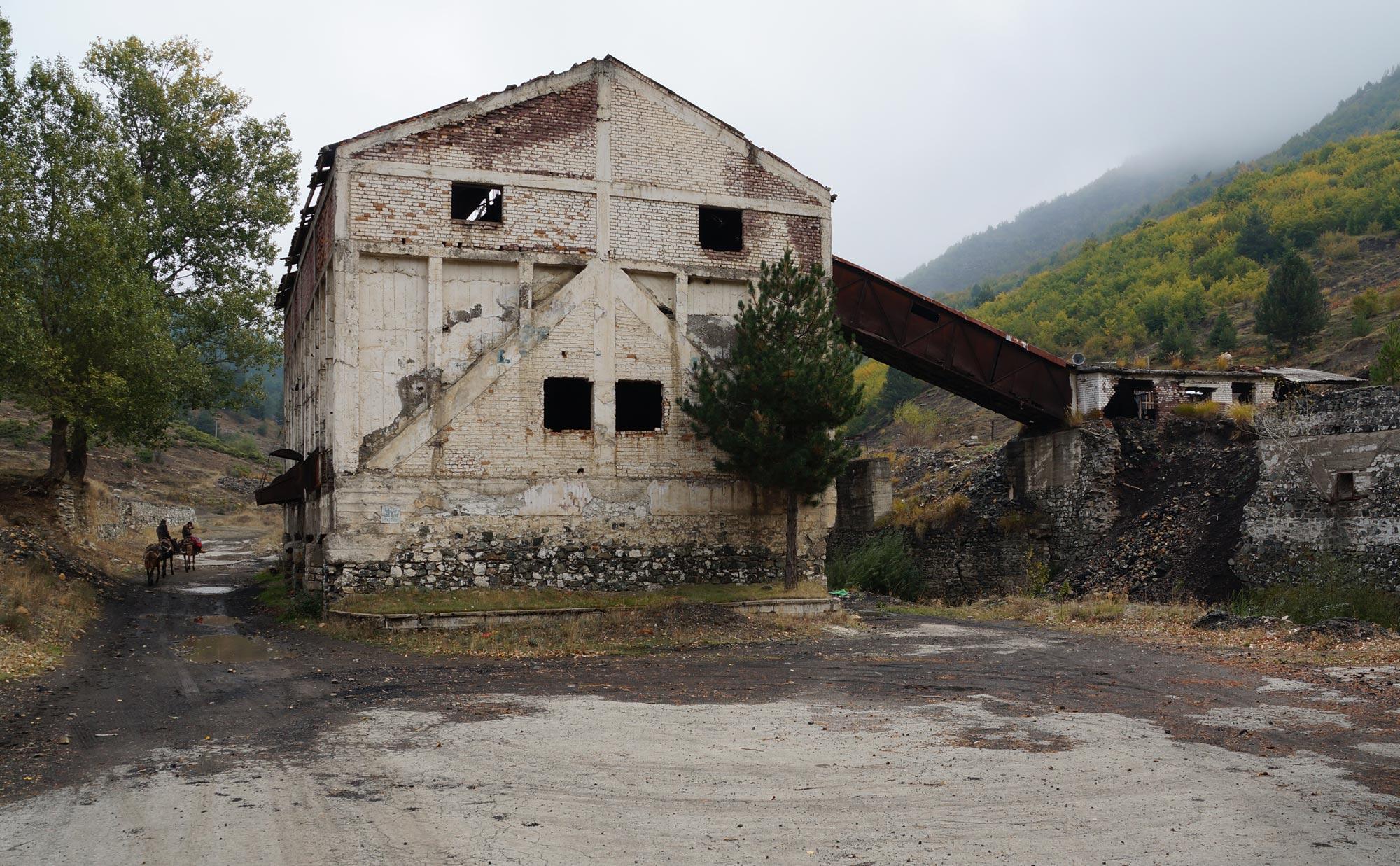 Aufgegebene Mine bei Korça