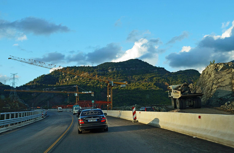 Autobahnbau zwischen Elbasan und Tirana