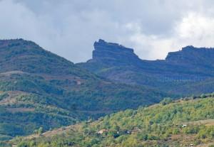 Felsformation »Guri i Kamjës« südlich von Pogradec