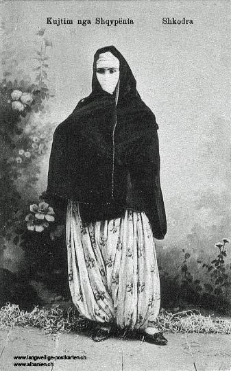 Postkarte Marubbi ca. 1914 – verschleierte Frau