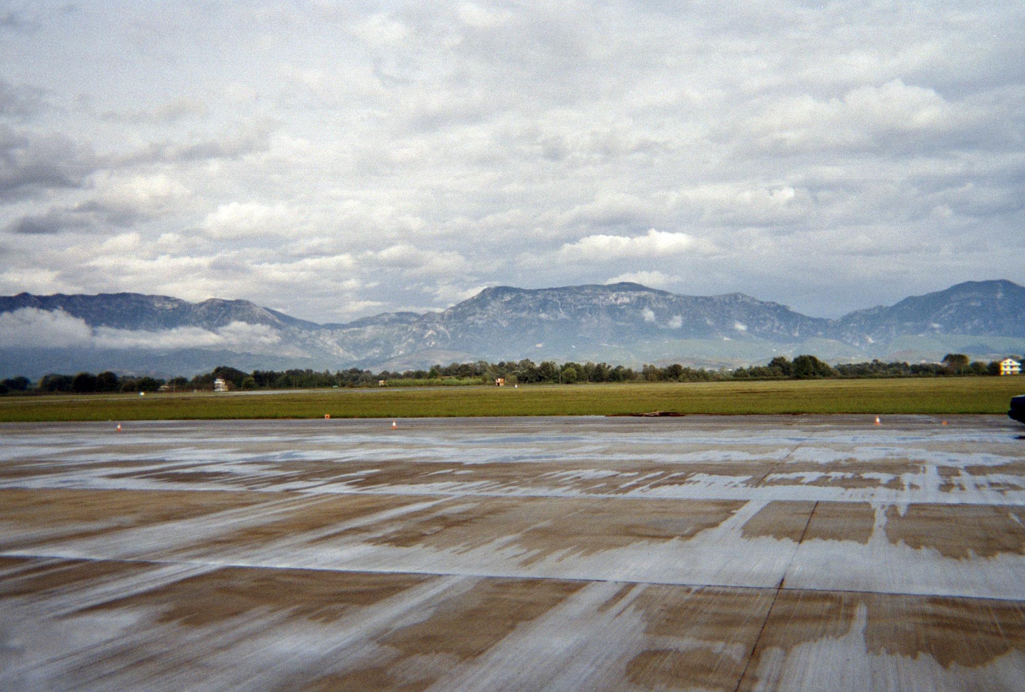 Rinas und Berge