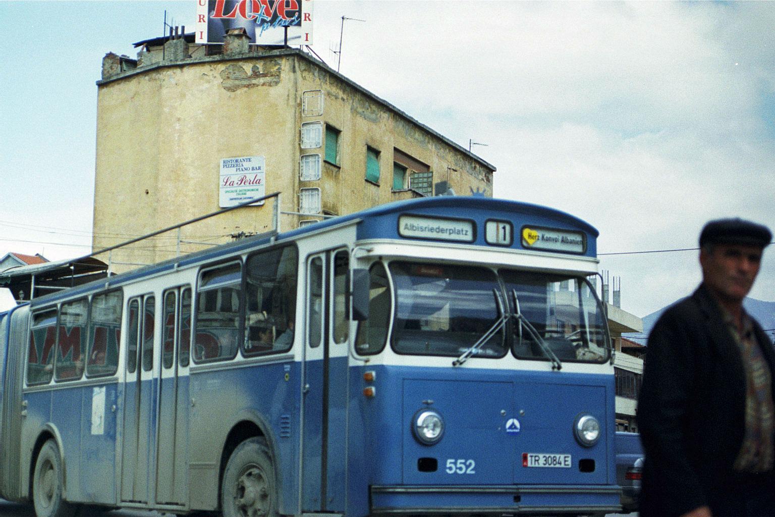 Tirana: VBZ-Bus