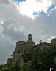 Gjirokastra: Burg