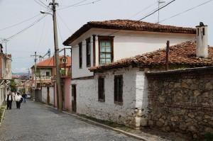 Korça: Gasse in der Altstadt