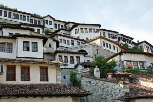Berat –»Stadt der Tausend Fenster«