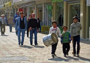 Typisch für den Ramadan: Trommler auf den Strassen