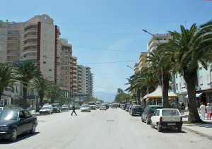 Hauptstrasse zum Hafen