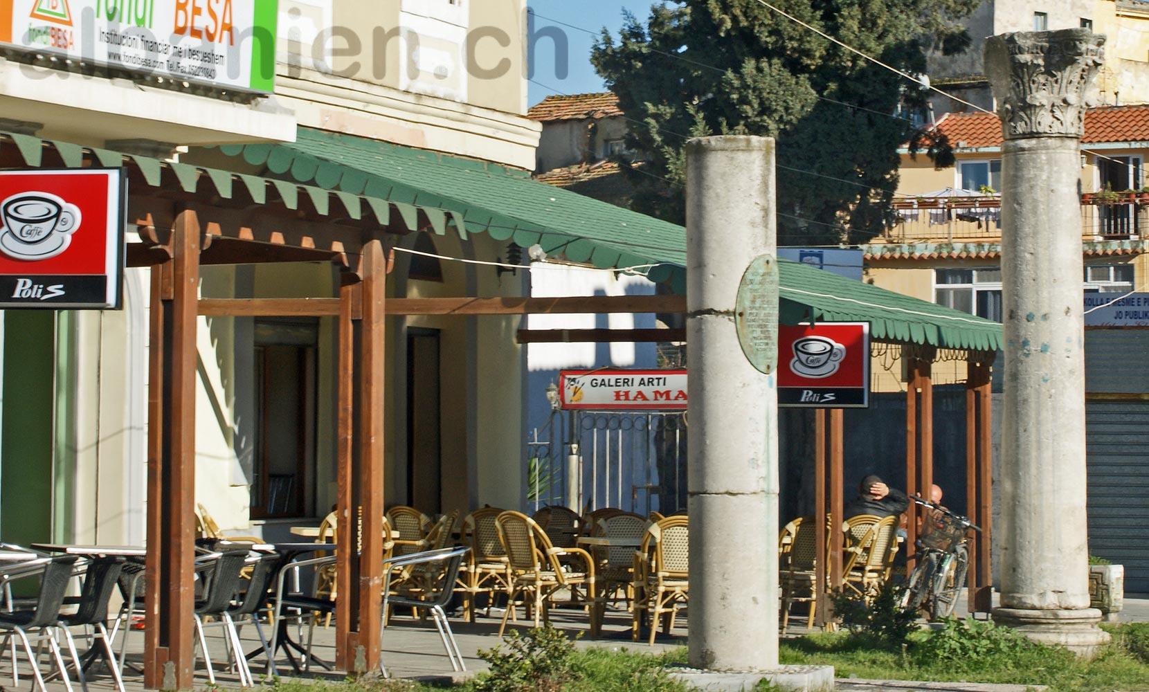 Durrës Café Säulen