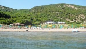 Strand in der Bucht von Lalëz