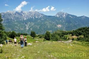 Wanderer in den Albanischen Alpen