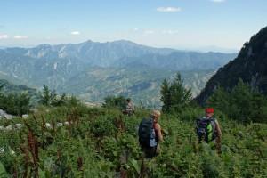 Mit Sack und Pack unterwegs in der albanischen Bergwelt