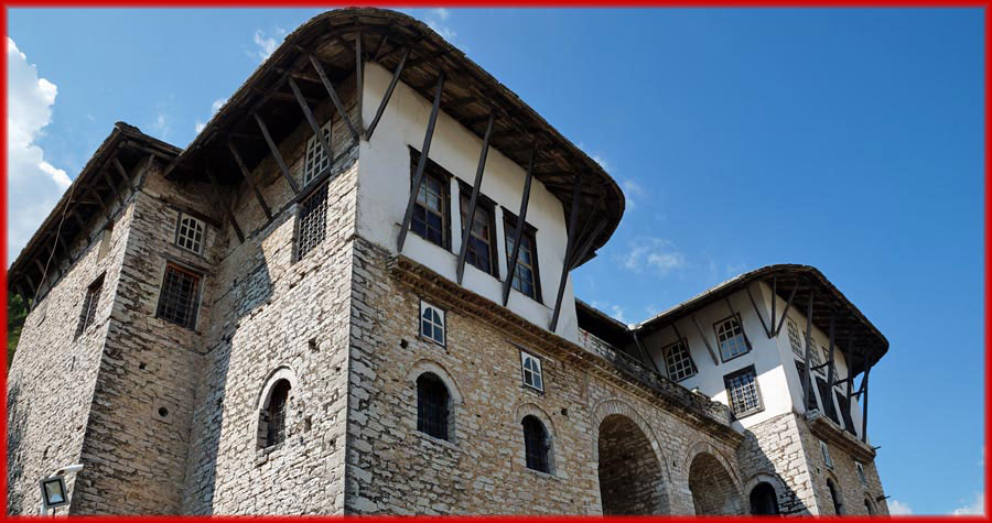 Gjirokastra – altes Haus