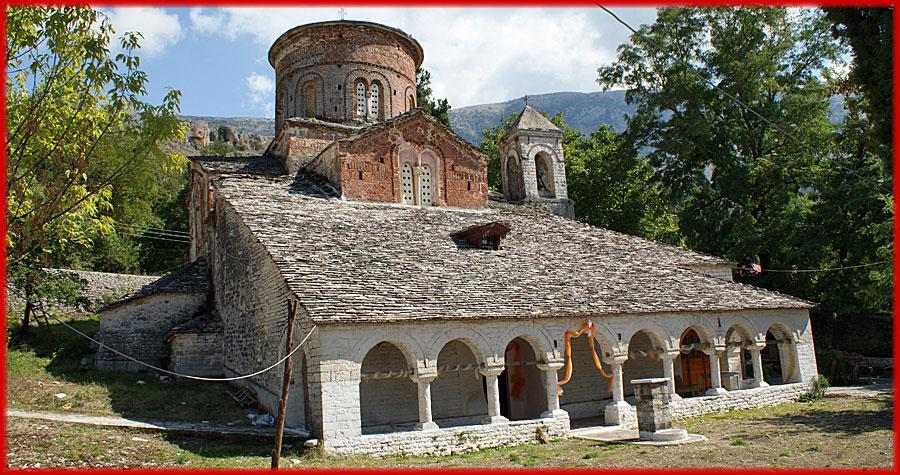 Libahova – alte Kirche